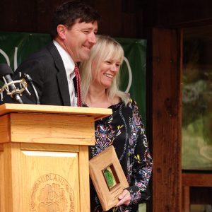 Head of School, Christopher Barns and 2019 John Dreyfuss Distinguished Alumna/us Recipient, Lorri Hamilton Durbin